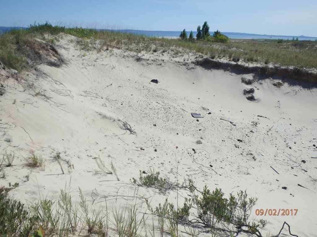 Dimmicks Point Lighthouse Debris Field